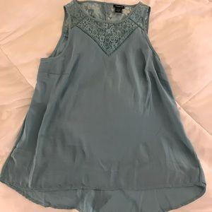 NWOT Seafoam green Torrid sleeveless blouse